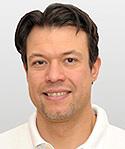 Oberarzt im Lorenz Böhler Unfallkrankenhaus Sportmedizin Tel.: +43 676 780 54 32, Email: ralf.spitaler@chello.at - spitaler
